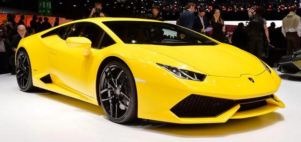 2015 Lamborghini Huracan front