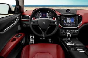 Maserati Ghibli-S Q4 interior